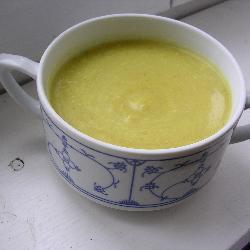 Суп-пюре из кабачков с фенхелем