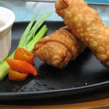 Китайские блинчики с начинкой во фритюре