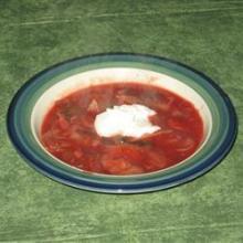 Вегетарианский грибной борщ с фасолью