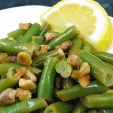 Зеленая фасоль с лимоном и грецкими орехами