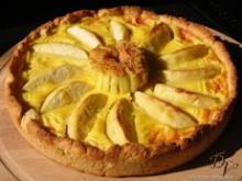 Пирог с фруктовой начинкой закрытый