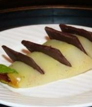 Десерт из груши с шоколадом